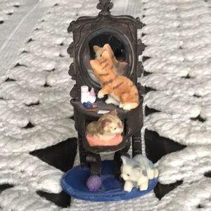 Kittens on the Dresser Figure Vintage